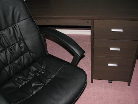 机といす買った