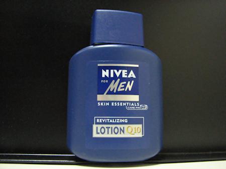 ニベアフォーメン リバライタライジングローションQ10という化粧水