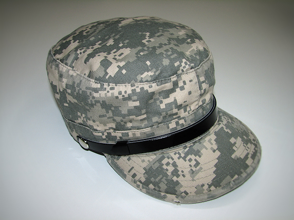 非常持出袋の横に置く帽子