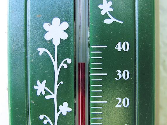 気温34℃