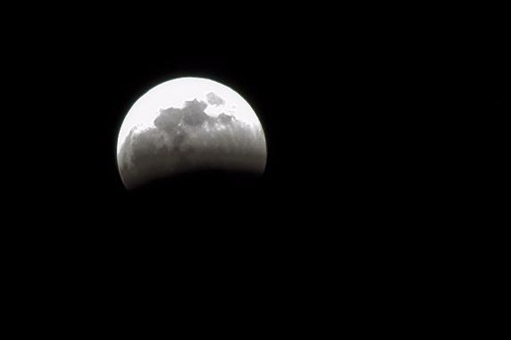 2015年4月4日皆既月食