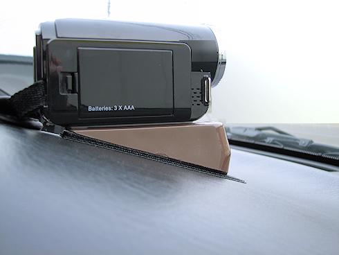車載ビデオカメラ取り付け