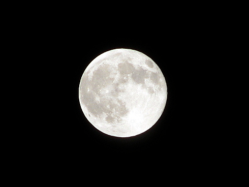 8月6日、夏の満月