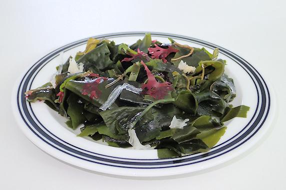 ねばねば海藻サラダがおいしい