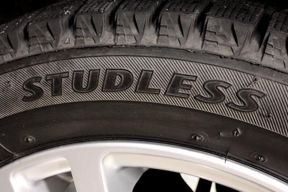 タイヤ交換実施