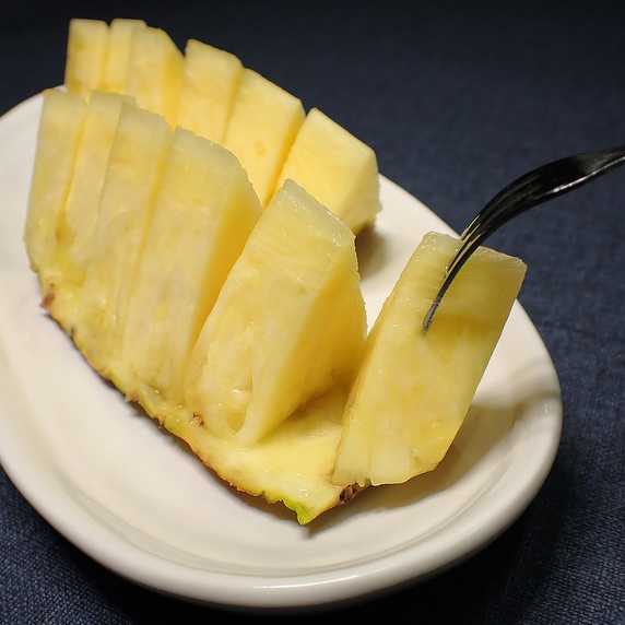 台湾産パイナップル激ウマ!