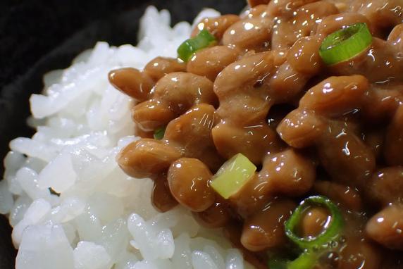 今日は納豆の日